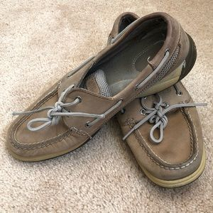 WOMENS SPERRY SHOES